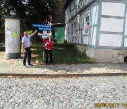 Sandra und Rainer im Schachdorf Ströbeck